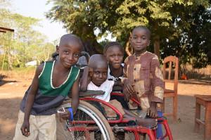 SIERRA LEONE: ISTRUZIONE E ACCOGLIENZA PER I BAMBINI DISABILI